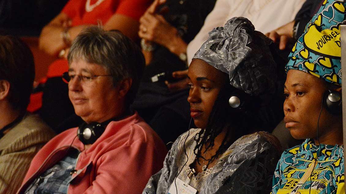Gäste aus Afrika beim Weltfriedenstreffen. | Foto: Michael Bönte