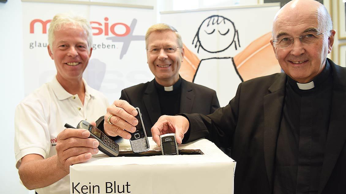 "Eröffnung Missio-Aktion ""Gold-Handys"""