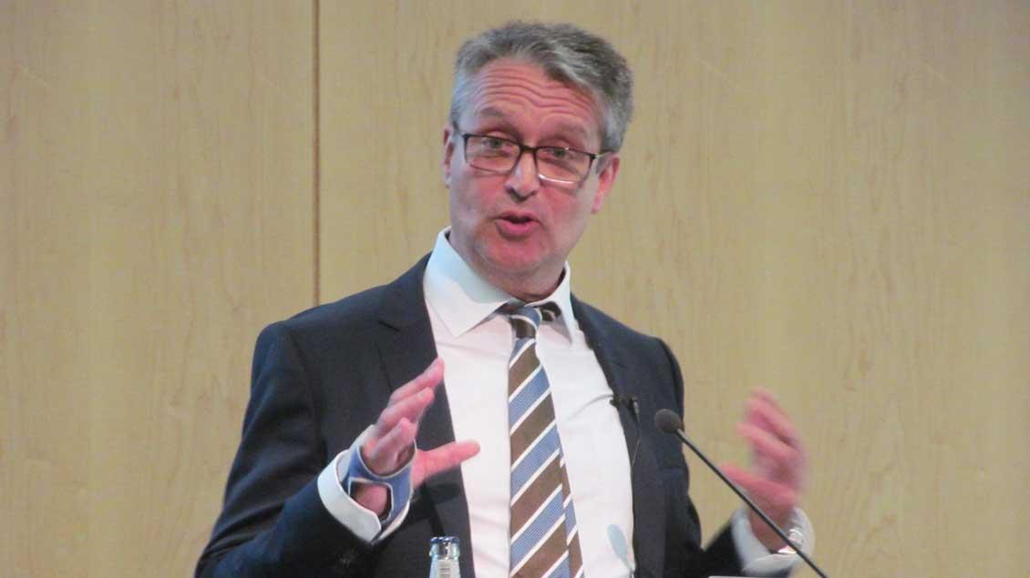 Gabor Steingart bei seinem Vortrag.