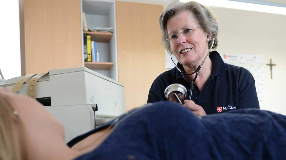 Gabrielle von Schierstaedt, eine geborene von Galen, ist Ordensdame der Malteser und Diözesanoberin des Hilfsdienstes im Bistum. Ihr Aufgabengebiet sind die sozialen Aktivitäten. Seit 2008 leitet sie die Malteser-Migranten-Medizin in Münster.
