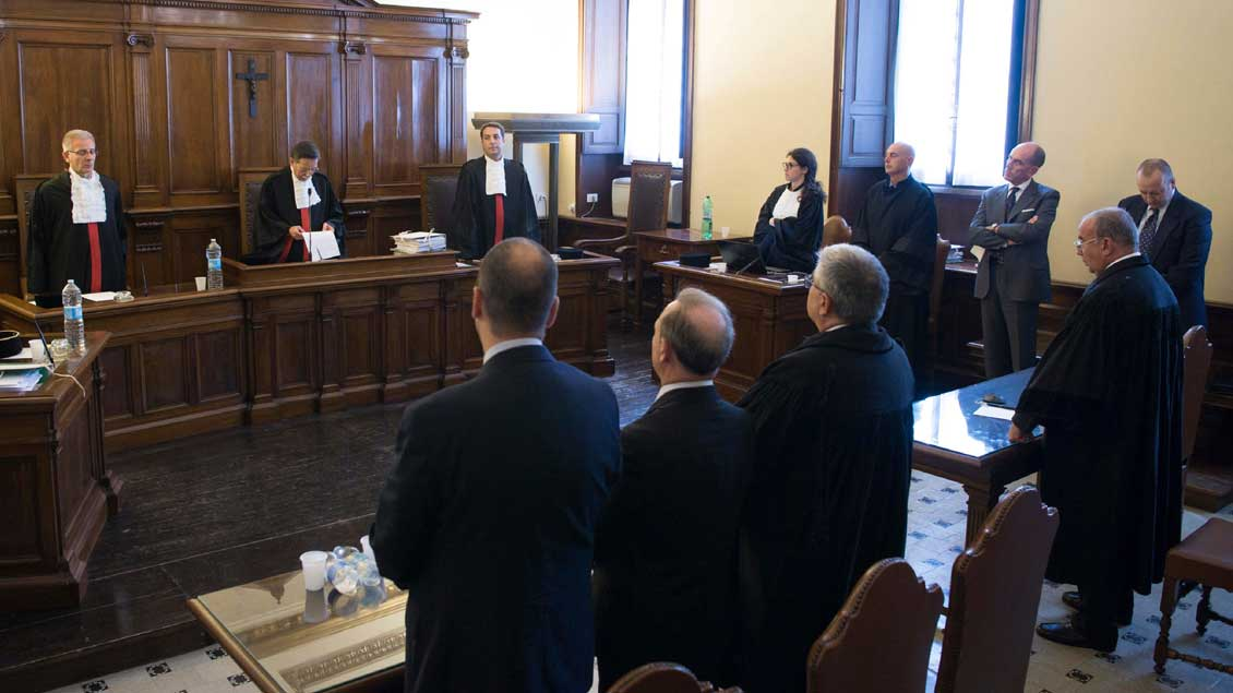 Gerichtssaal. Foto: KNA
