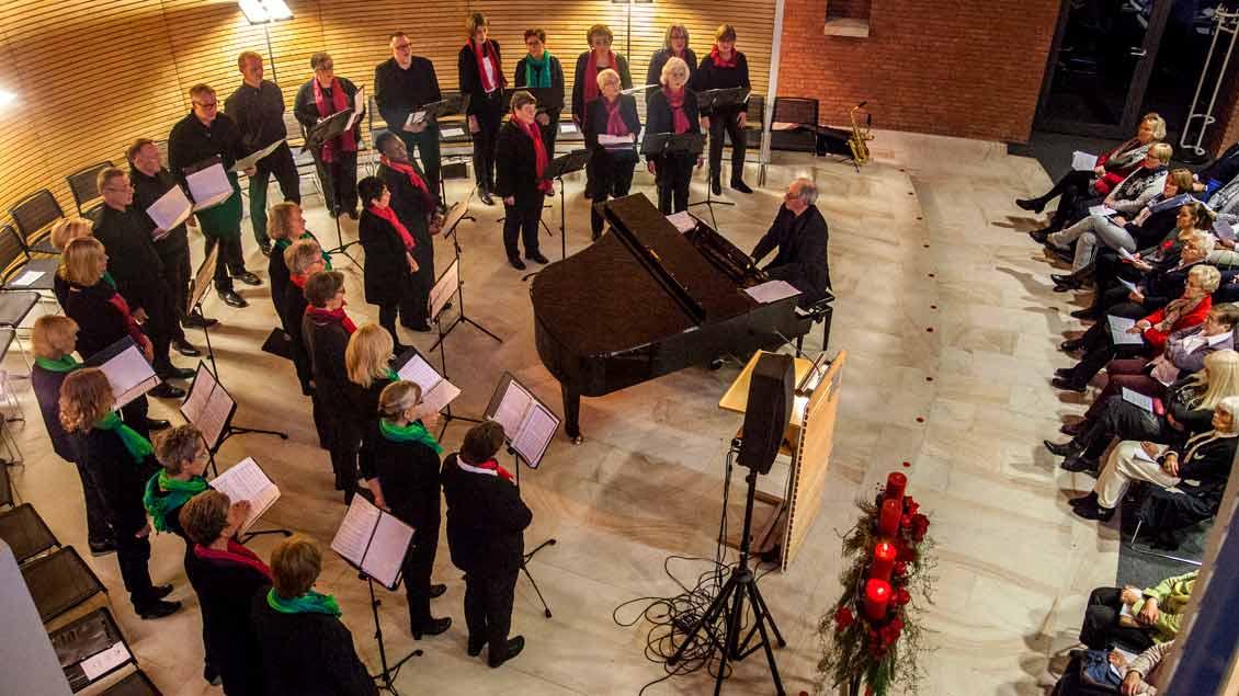 """Stimmungsvolles Konzert in stimmungsvoller Atmosphäre verspricht das Adventskonzert von """"Kirche+Leben"""" in der ehemaligen Bonifatiuskirche in Münster."""