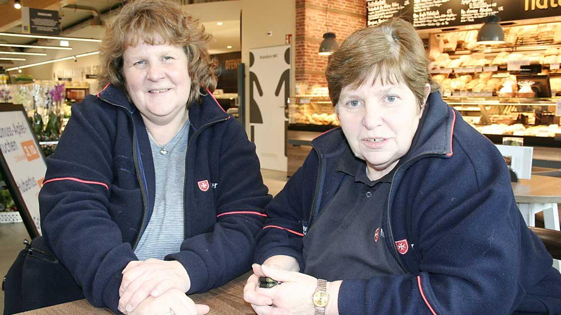Petra Schaumlöffel (links) und Elisabeth Surmann. Foto: Michael Rottmann