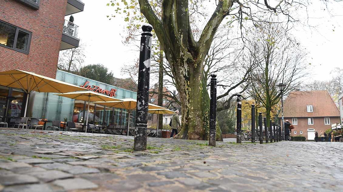 Der mögliche künftige Reinhard-Lettmann-Platz – rechts das letzte Wohnhaus des früheren Bischofs.