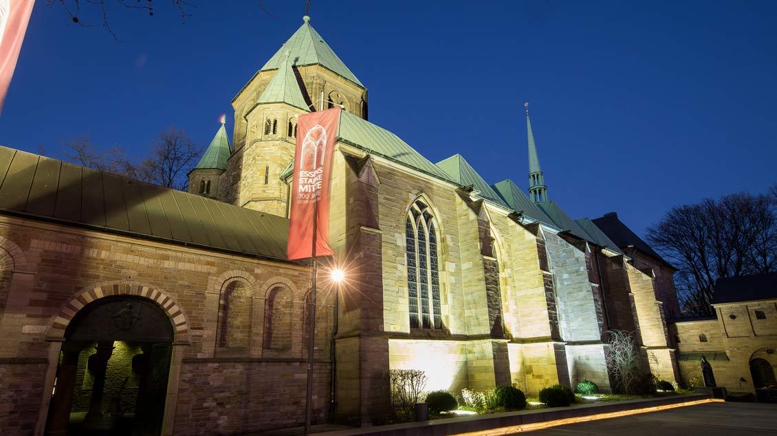 """""""Essens starke Mitte"""": die Kathedrale des Ruhrbistums, das vor 60 Jahren gegründet wurde."""