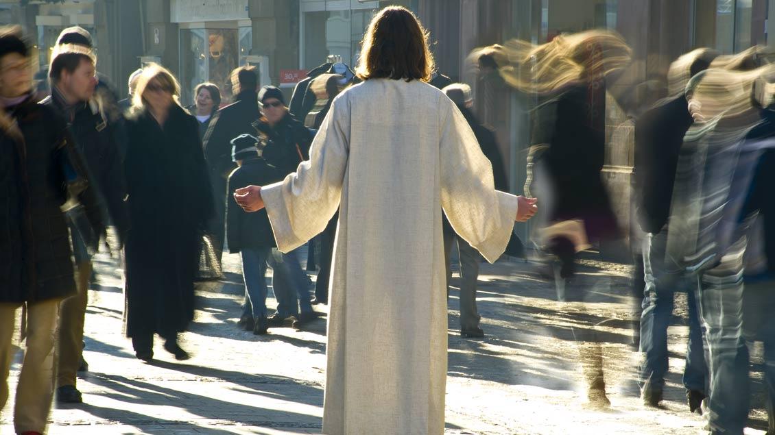 """""""Guten Tag, da bin ich wieder"""": Was wäre, wenn Jesus plötzlich in einer Fußgängerzone auftauchen würde?"""