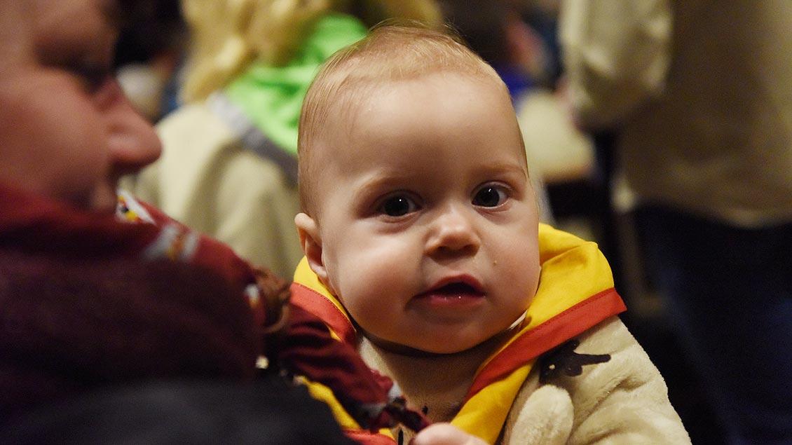 Die wohl jüngste Pfadfinderin im St.-Paulus-Dom: Carla wird am 24. Dezember ein Jahr alt. | Foto: Michael Bönte