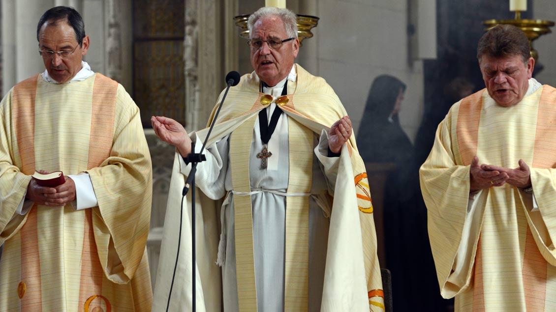 Priester Gewand