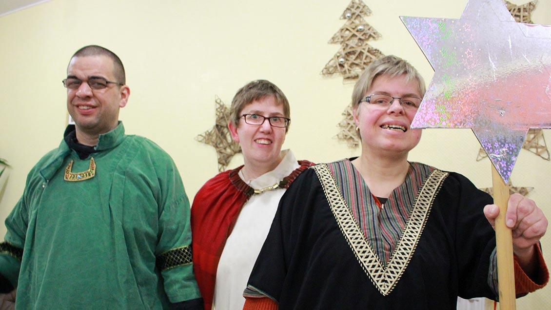 Sie haben für die Aktion Dreikönigssingen 2018 gesammelt: Filipe Inacio, Christine Wald und Karin Lammering (v.l.)  von der Wohnstätte Heiden.