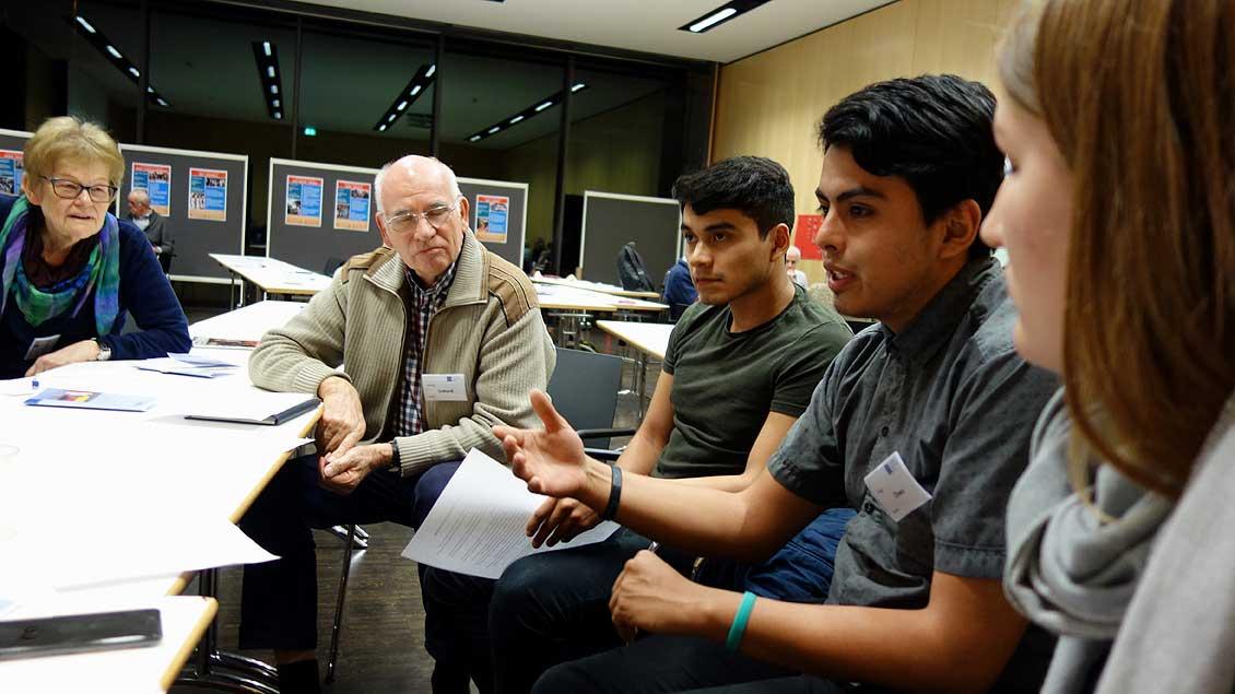 Auch Freiwillige aus Mexiko berichteten auf der Jahrestagung von ihren Eindrücken, Erfahrungen und Rollen in der Partnerschaft.