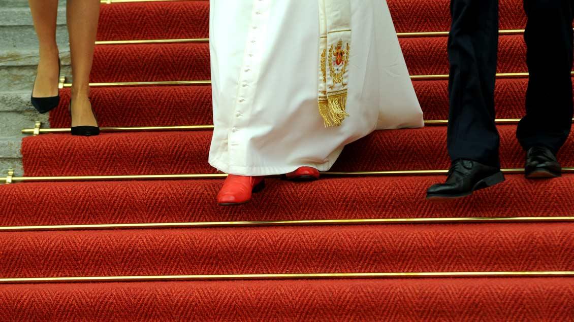 Der deutsche Papst auf deutschem Boden: Benedikt XVI. bei seinem Besuch des Bundespräsidenten im Sommer 2011.