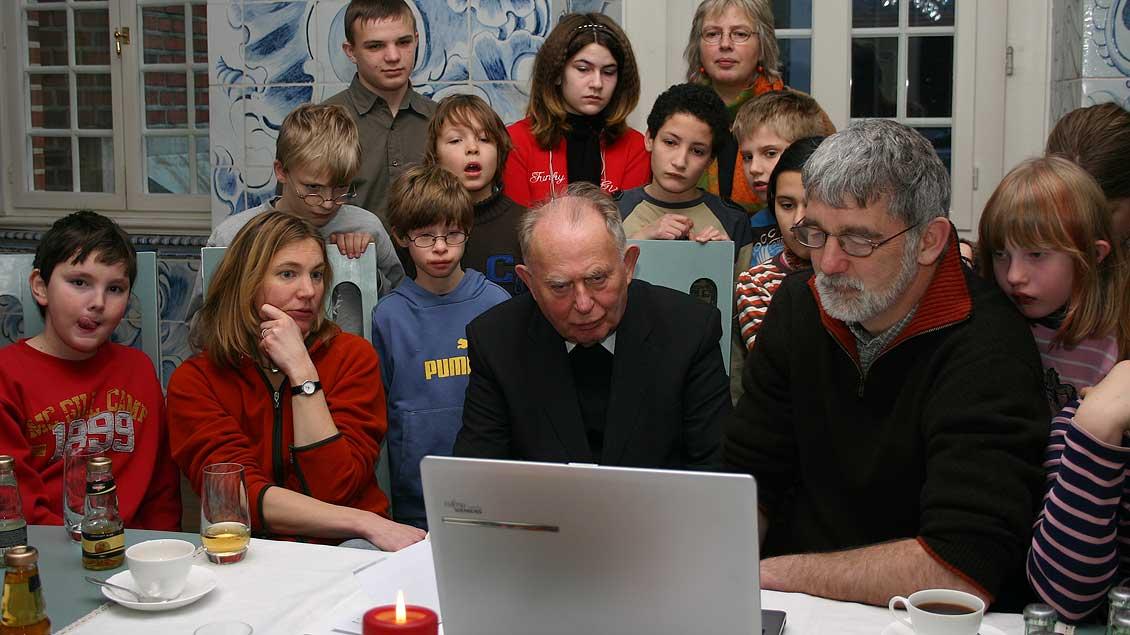 Als Vorsitzender der Publizistischen Kommission der deutschen Bischofskonferenz begutachtete Ostermann Filme auf der Berlinale, oder hier 2007 beim Filmfest in Münster.