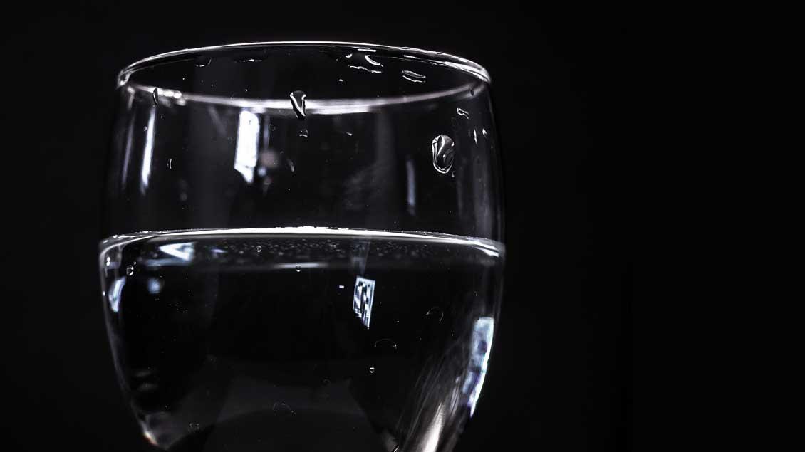 Wasserglas.