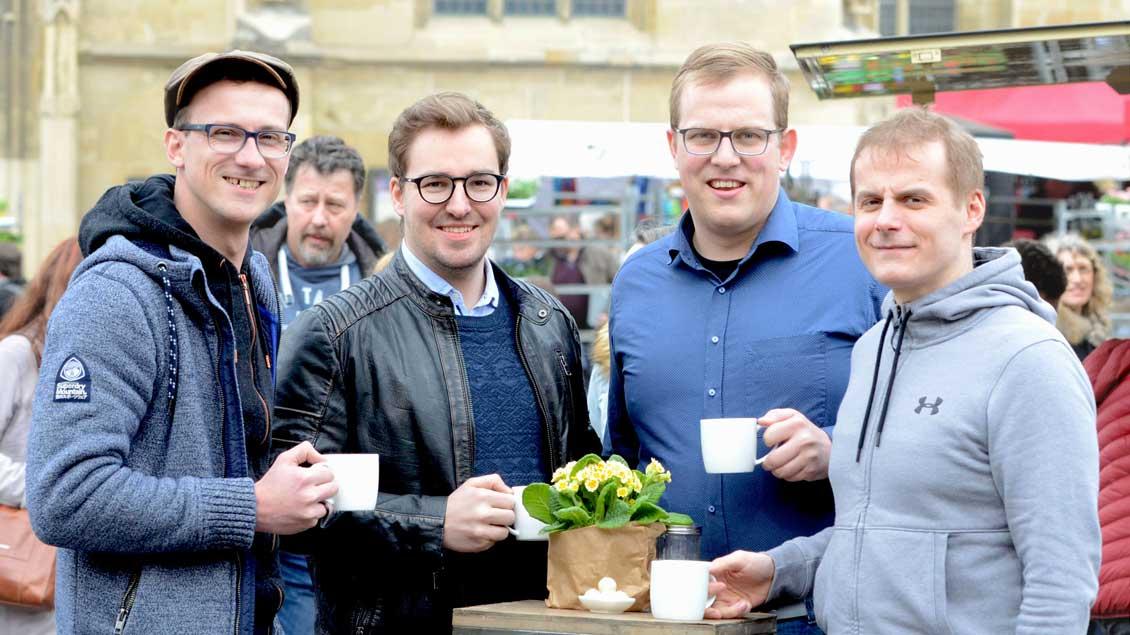 Die Weihekandidaten (von links): Jan Aleff, Alexander Senk, Jan Henrik Röttgers und Stefan Rosenbaum.