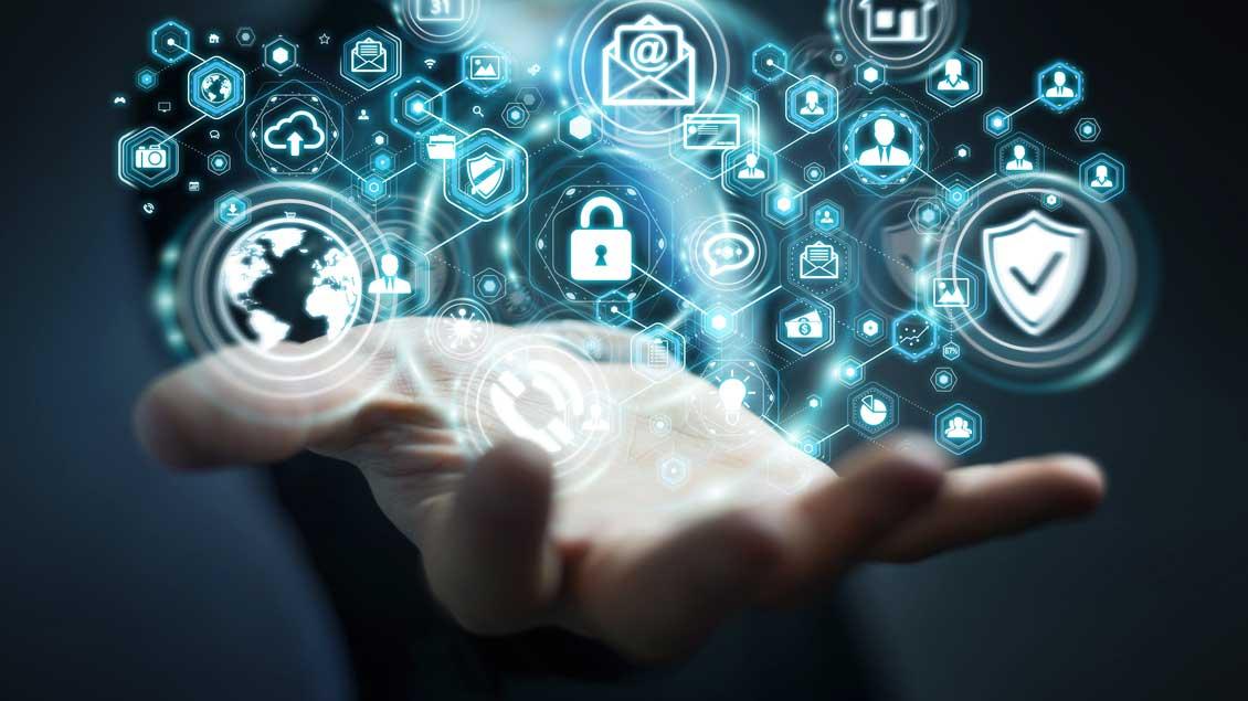 Wie sicher sind unsere Daten? Und wo erschwert Datenschutz den alltäglichen Umgang mit Online-Medien?