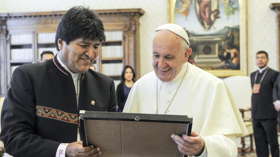 Franziskus empfängt Boliviens Präsidenten Morales Foto: KNA