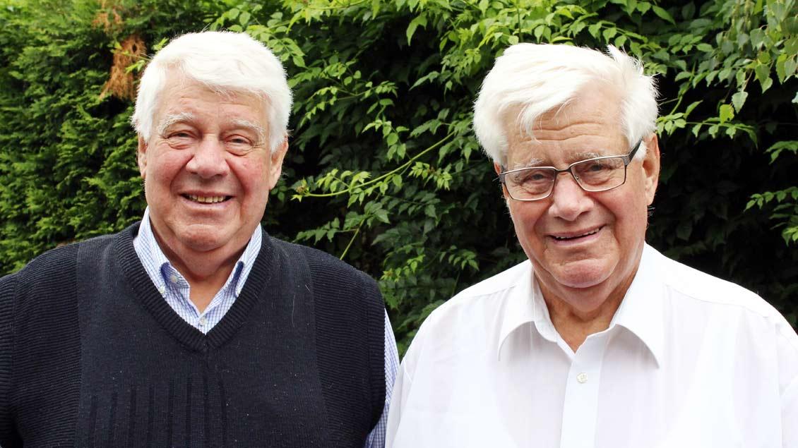 Heinz und Hans Schmidt.