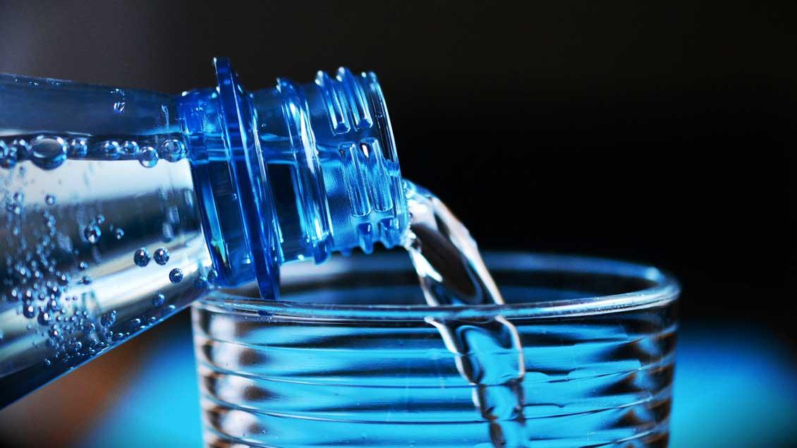 Wasserflasche Foto: Pixabay