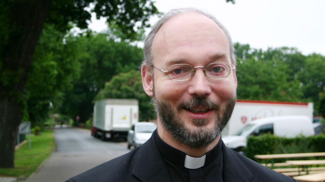 Pfarrer Dirk Költgen.