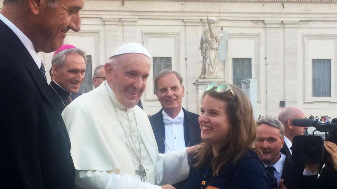 Theresa Eger hat Papst Franziskus getroffen.