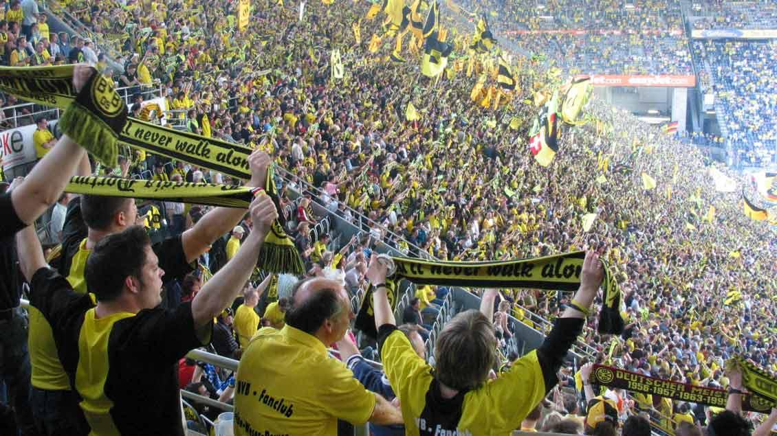 Fans Foto: Norbert Göckener
