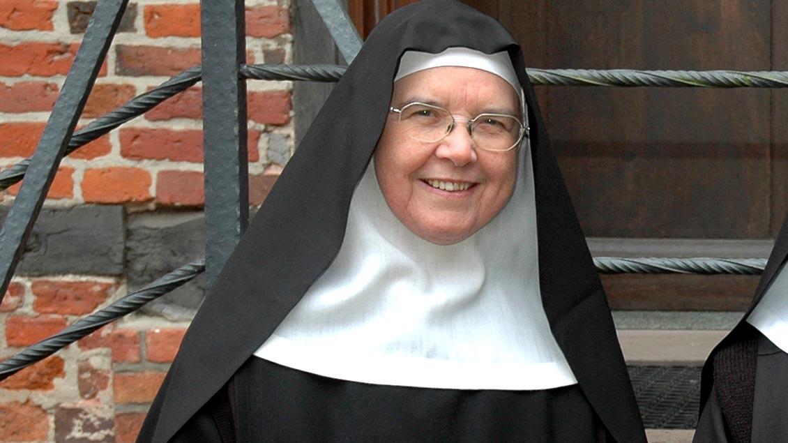 Máire Hickey leitete von 1983 bis 2007 die Benediktinerinnenabtei Burg Dinklage im Offizialatsbezirk Vechta.