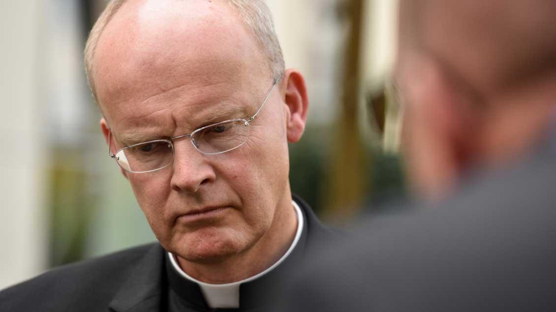 Bischof Franz-Josef Overbeck. Foto: Harald Oppitz (KNA)