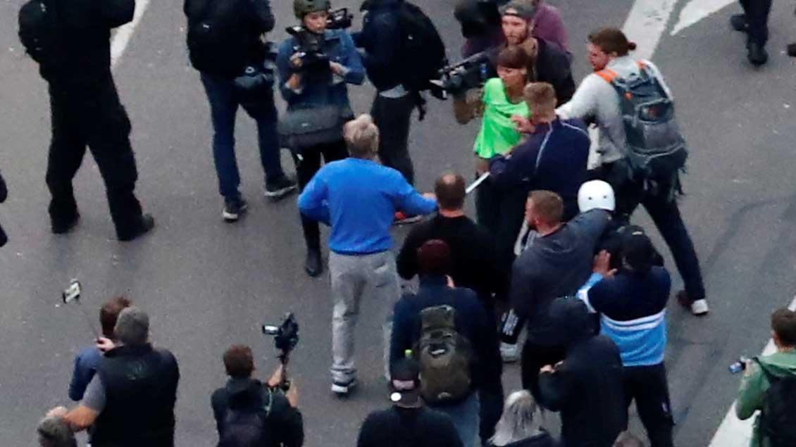 Angriff auf Medien Foto: Hannibal Hanschke (Reuters)