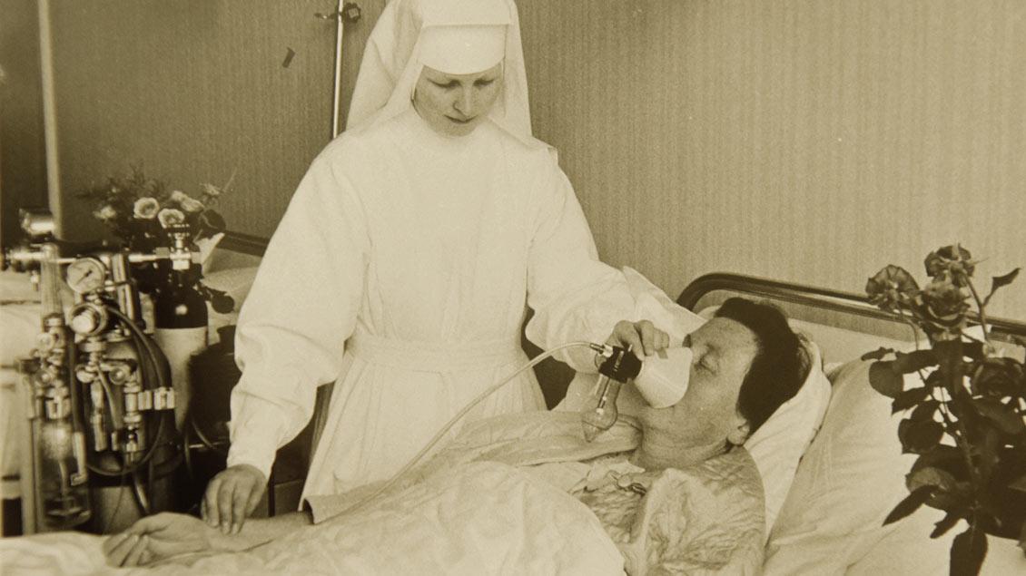 Pflege-Alltag vor 60 Jahren.