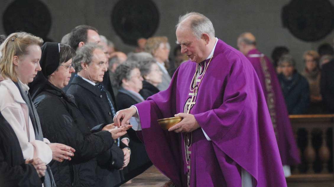 Bis zuletzt feierte Weihbischof Ostermann Gottesdienst im Münsteraner Dom.