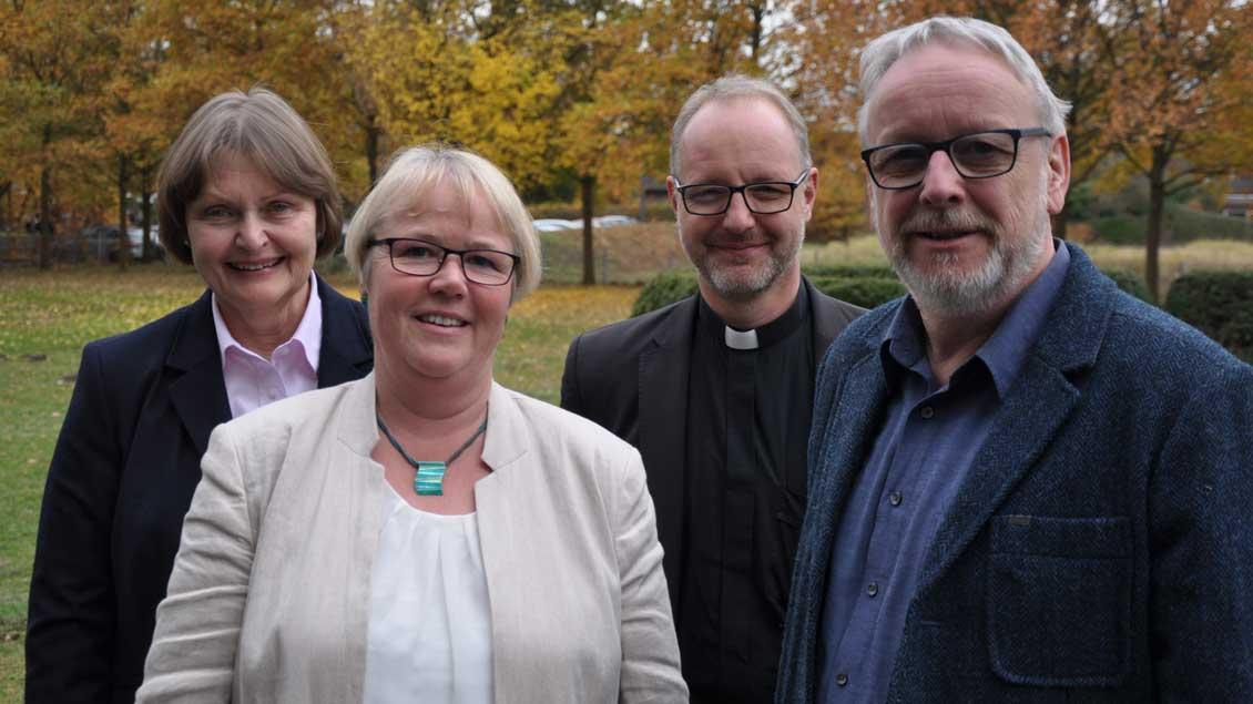 (von links): Beatrix Bottermann, Notburga Heveling, Jochen Reidegeld und Hermann Hölscheidt.