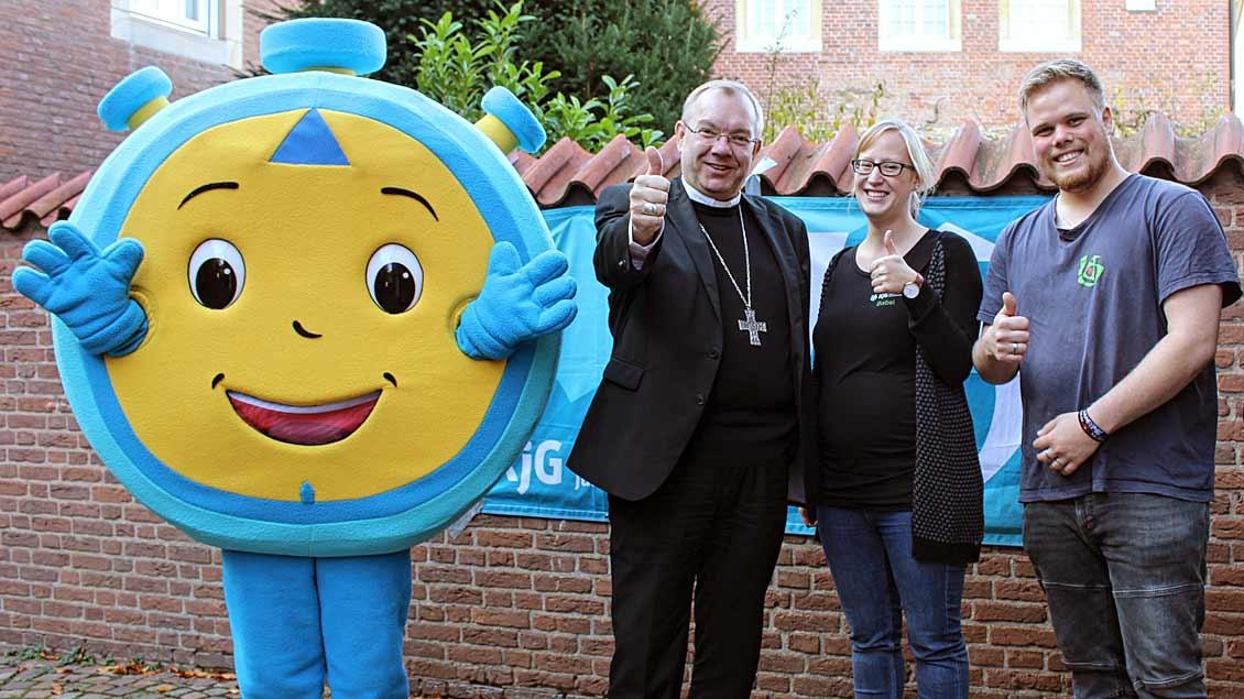 (von links:) Weihbischof Christoph Hegge, Barbara Kockmann und Alwin Bender.
