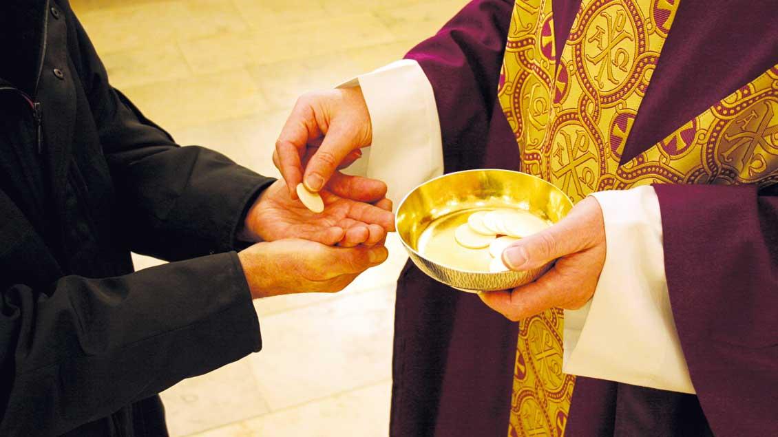 Kommunionempfang auch für nicht-katholische Ehepartner?