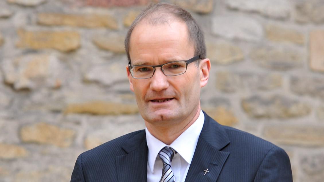 Der Essener Generalvikar Klaus Pfeffer ermutigt auch Enttäuschte und Kritiker zum Bleiben.