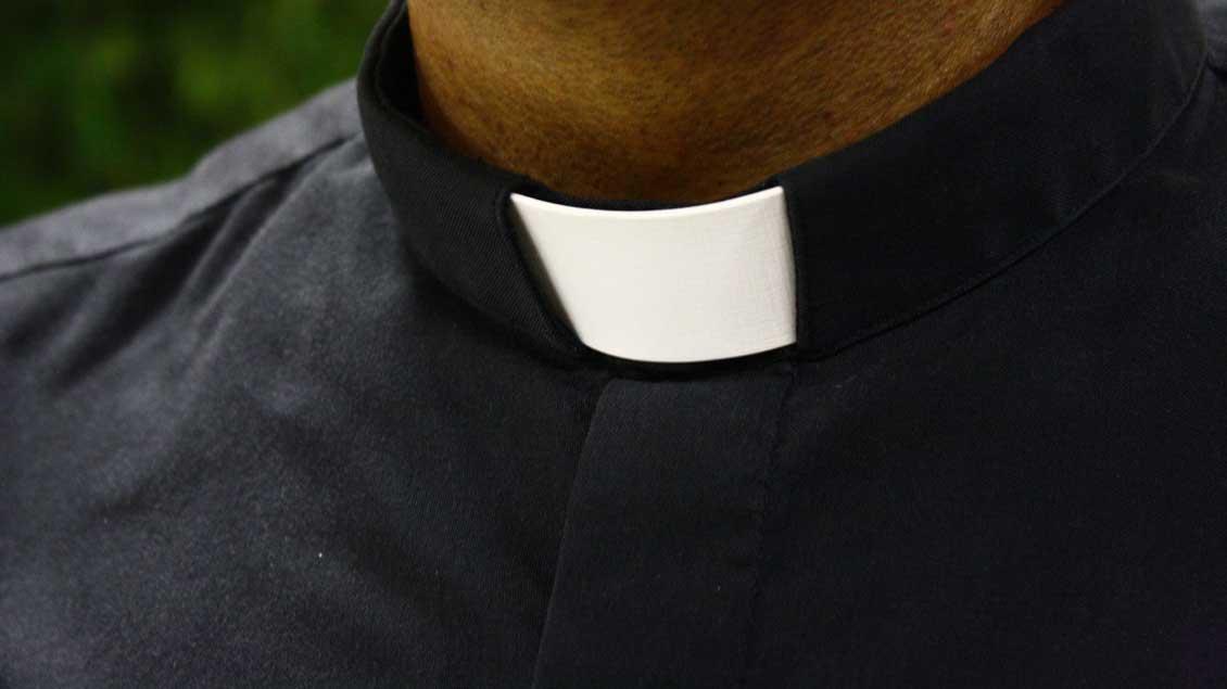 Priesterkragen.