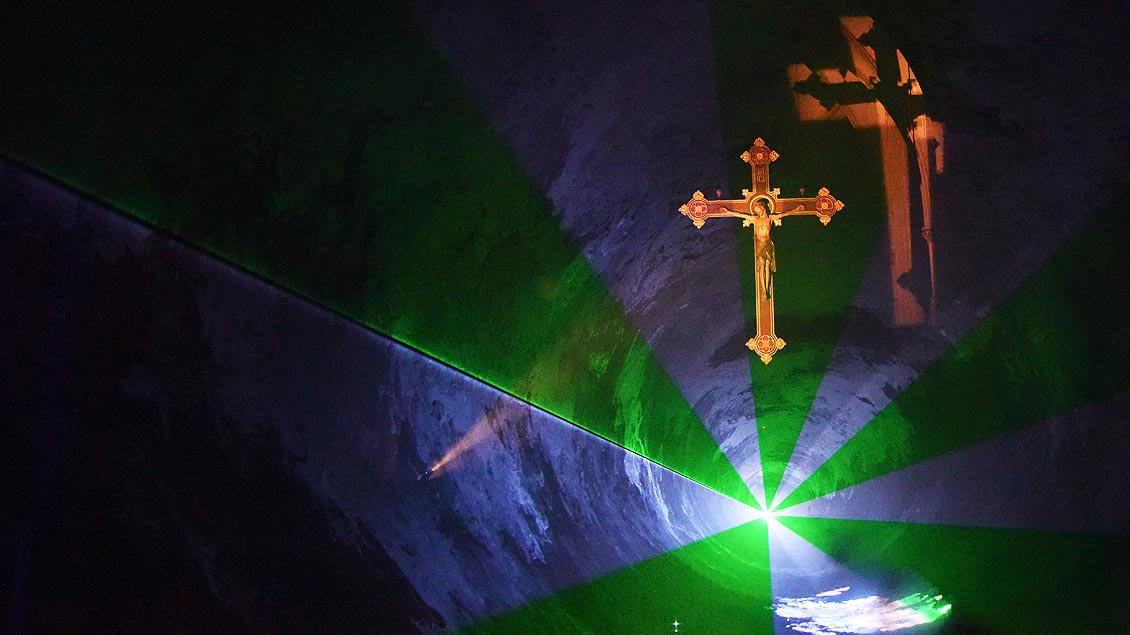 Lasershow in St. Nikomedes
