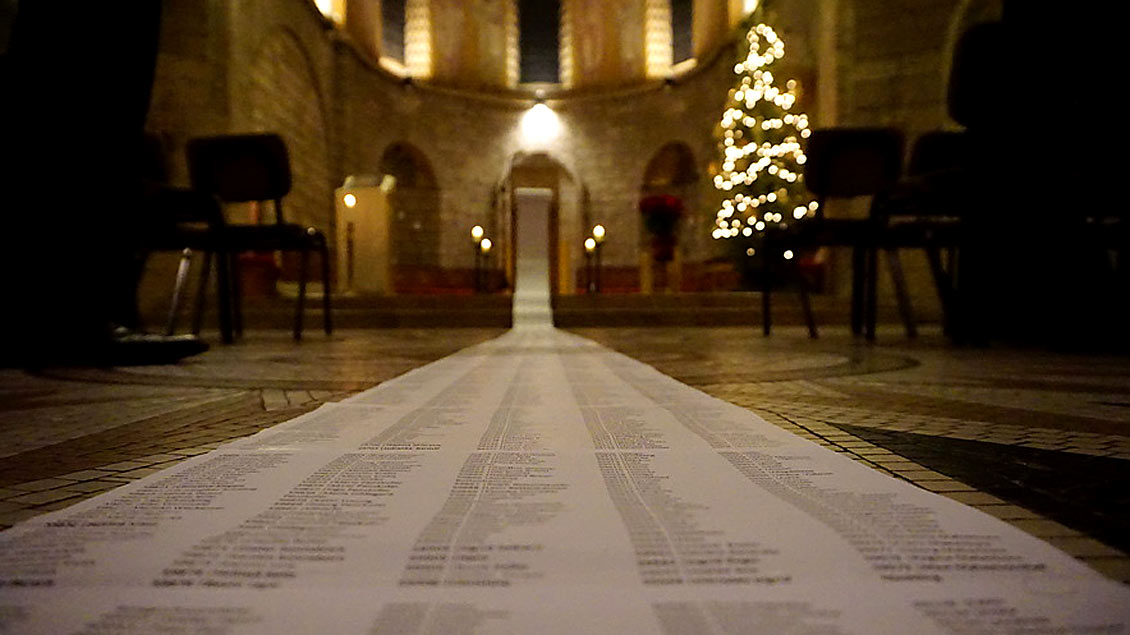 Schriftrolle mit Namen. Foto: Dormitio-Abtei