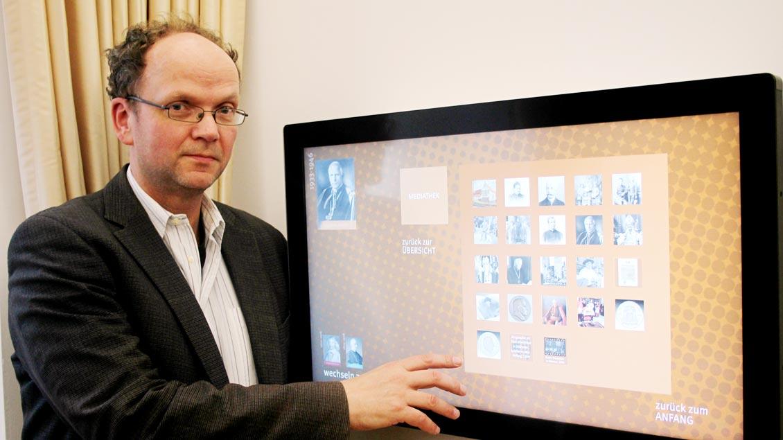 Heinz Mestrup, Leiter des Bistumsarchivs.