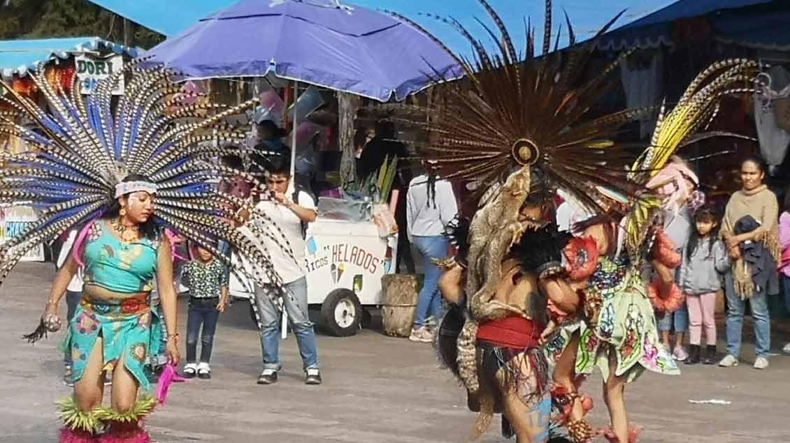 Diese Tanzgruppe traf Julia Hahn auf einem Markt in Mexiko-Stadt.