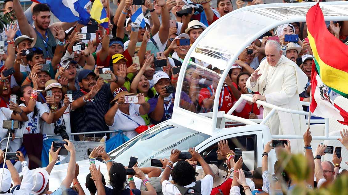 Franziskus Foto: Henry Romero (Reuters)