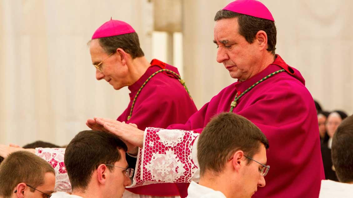 Priesterweihe der Piusbruderschaft 2012.