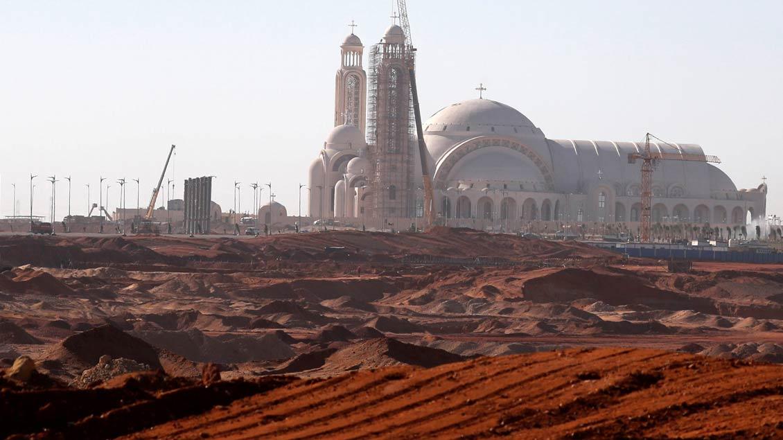 Rechtzeitig zum orthodoxen Weihnachtsfest am 6. Januar wurden die Bauarbeiten an der neuen koptischen Kathedrale in Kairo fertiggestellt.