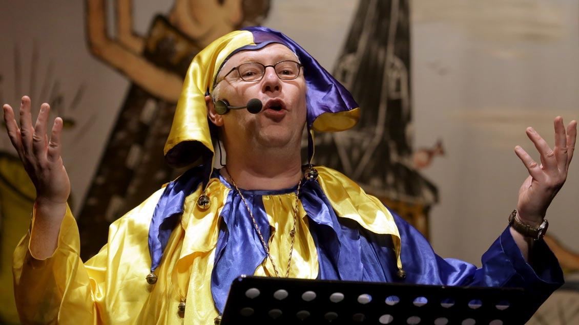 Martin Ahls an Karneval im Til Eulenspiegel Kostüm.