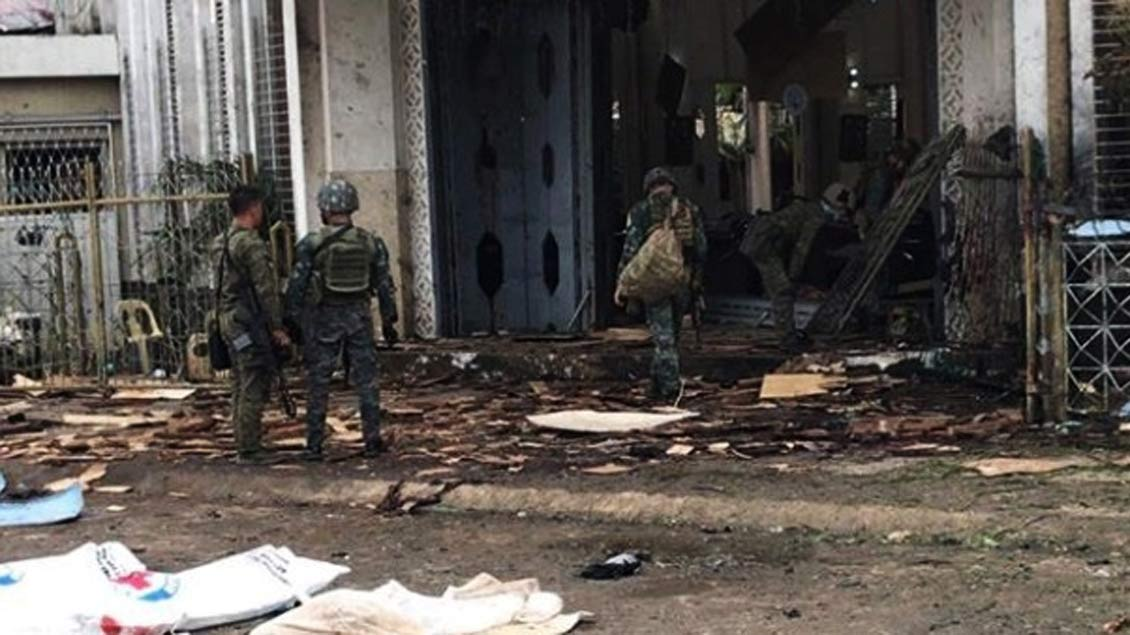 Bei dem Anschlag auf eine katholische Kirche auf den Philippinen kamen 23 Menschen ums Leben, 100 wurden verletzt.