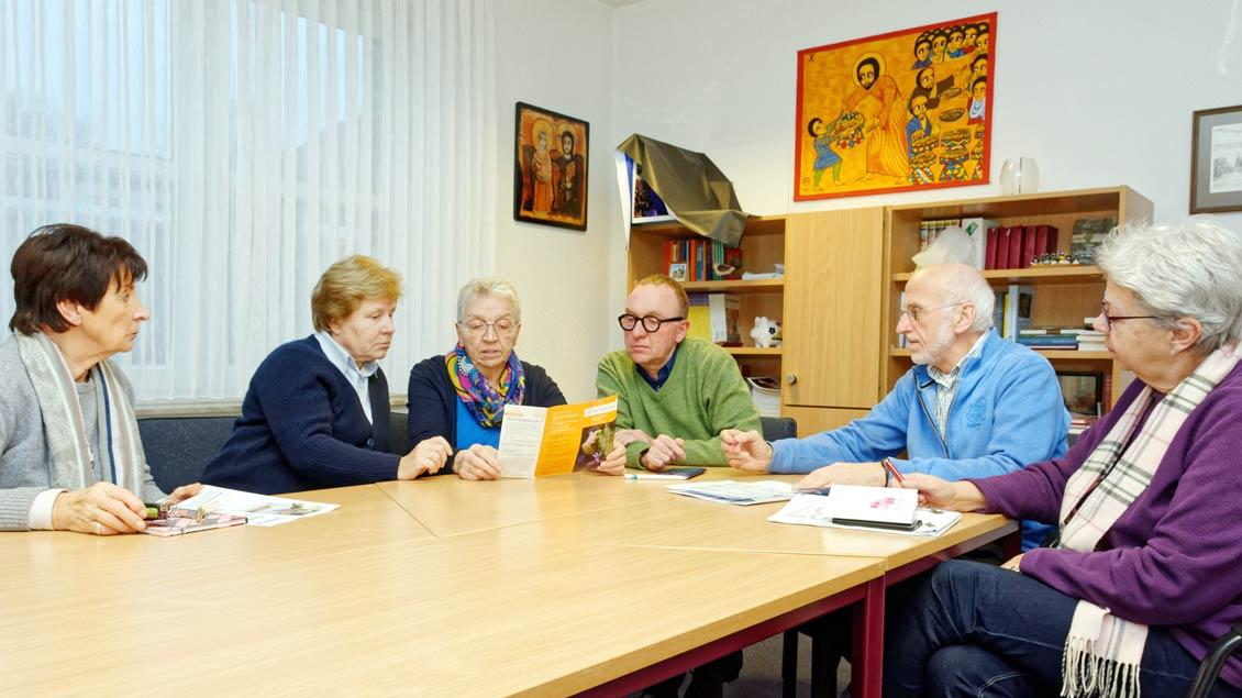 Mitglieder des Arbeitskreises Kunst-Kultur-Kirche in der Pfarrei St. Georg und des Katholischen Bildungswerks Saerbeck.