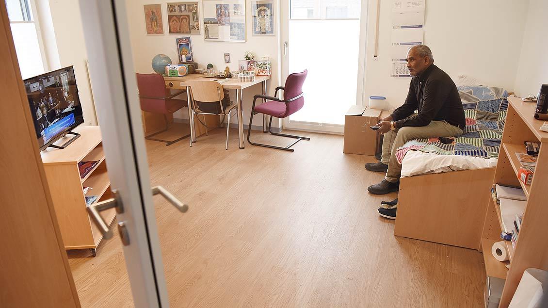 Blick in eines der neuen Apartments für wohnungslose Senioren in den York-Höfen. | Foto: Michael Bönte