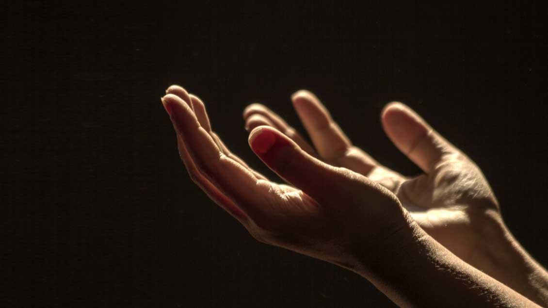 Geöffnete Hände - eine Geste für das Gebet
