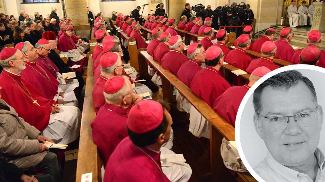 Mitglieder der Deutschen Bischofskonferenz beim Gottesdienst in Lingen