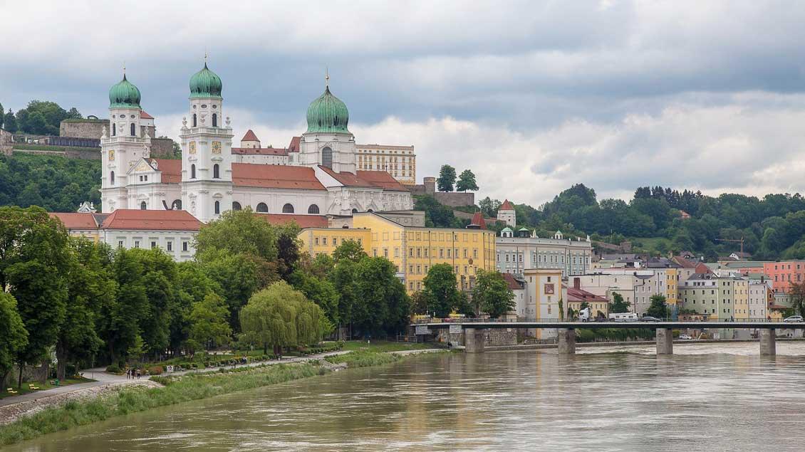 Blick auf den St.-Stephans-Dom in Passau.