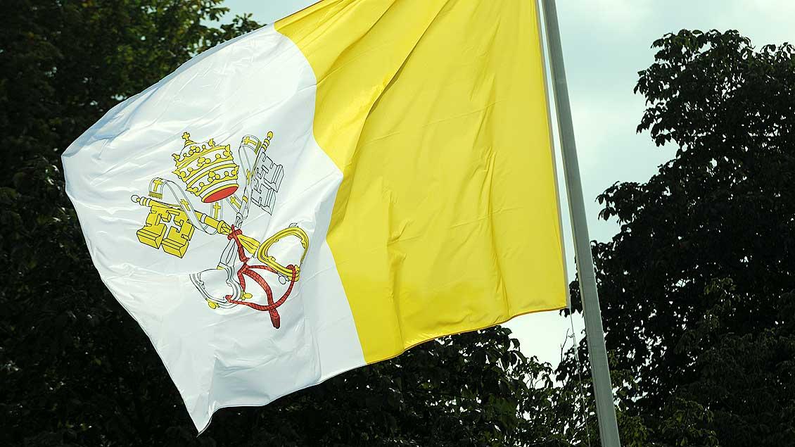 Symbolbild der Vatikanflagge